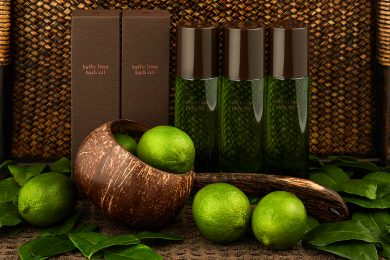 Kaffir Lime Bath Oil lifestyle