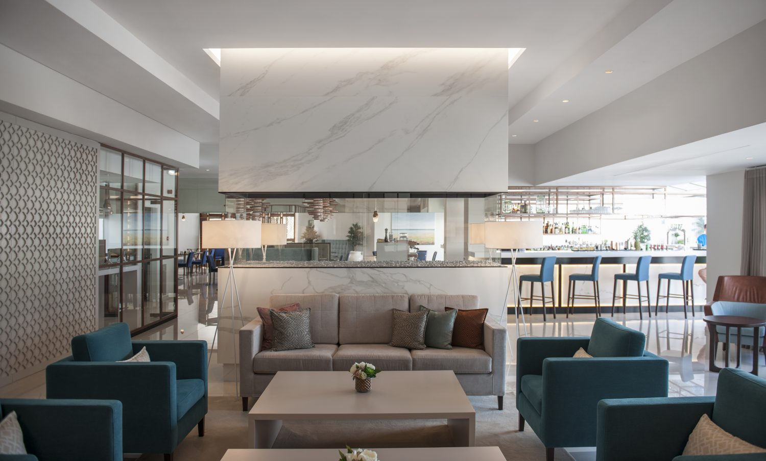 Four Seasons Fairways Lounge and Fireplace